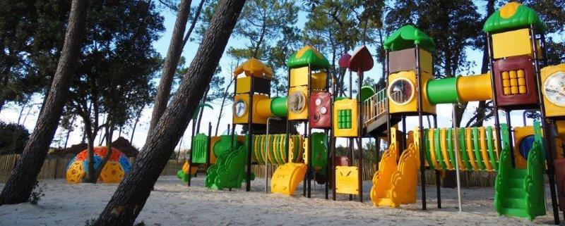 aire de jeux au parc résidentiel en Vendée